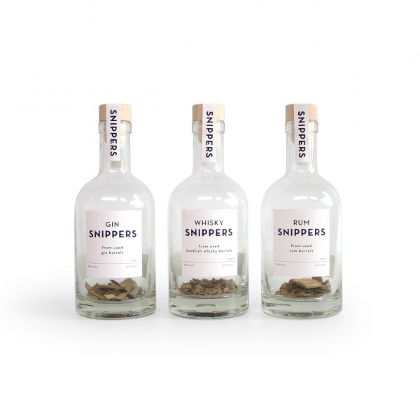 Gin, rum of whiskey snippers – Snippers