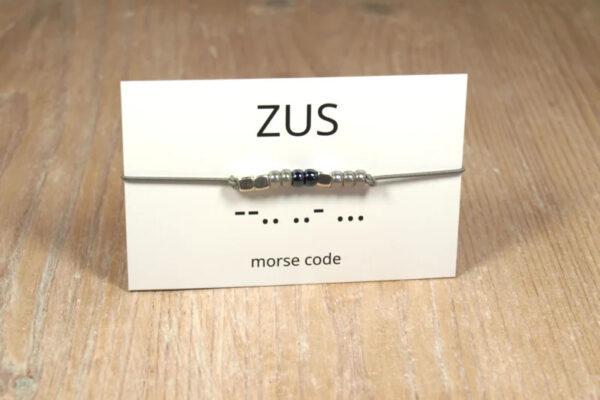 Morse code Zus – Winkel van Indah