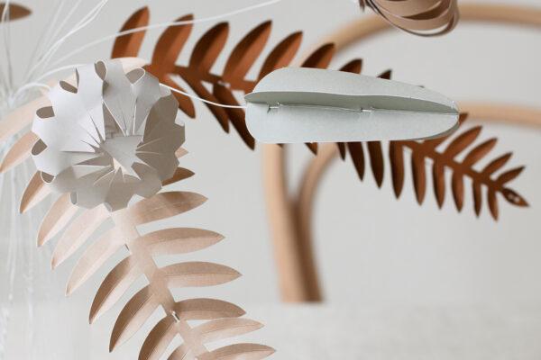 Kore, papieren bloemen – Jurianne Matter
